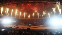Pertunjukan kembang api saat penutupan Asian Games 2018 di Stadion Utama GBK, Jakarta, Minggu (2/9). (Merdeka.com/Imam Buhori)