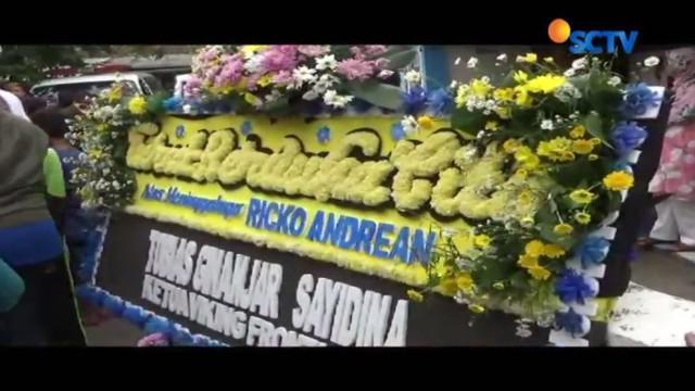 Suporter Persib yang dikeroyok oknum Bobotoh saat pertandingan Persib melawan Persija, Rico Andrean, akhirnya meninggal dunia.