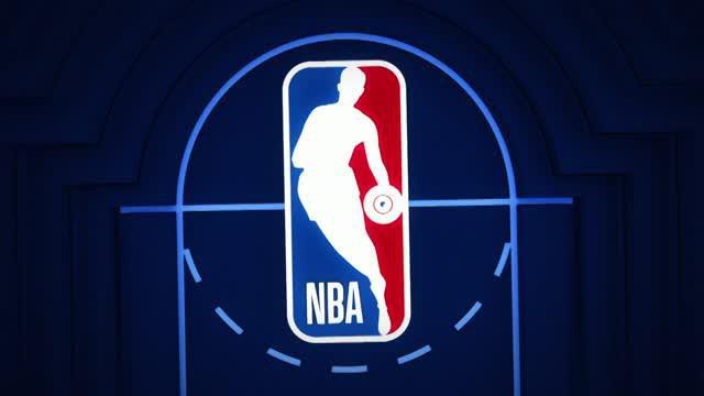Berita video game recap NBA 2017-2018 antara Atalanta Hawks melawan New York Knicks dengan skor 99-96.