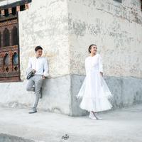 Setelah membuat bingung publik soal status pernikahan, kini terungkap kebenarannya bahwa Nadine Chandrawinata dan Dimas Anggara telah menikah pada 5 Mei 2018 lalu di Bhutan.  (Instagram/nadinelist)
