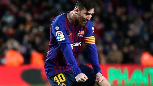 2 Gol Messi Selamatkan Barcelona Kalah dari Valencia