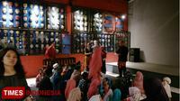 Inilah ratusan topeng yang menjadi koleksi awal Museum D'Topeng. Kini telah menjadi Indonesian Herotage Museum. (FOTO: Widodo Irianto/TIMES Indonesia)