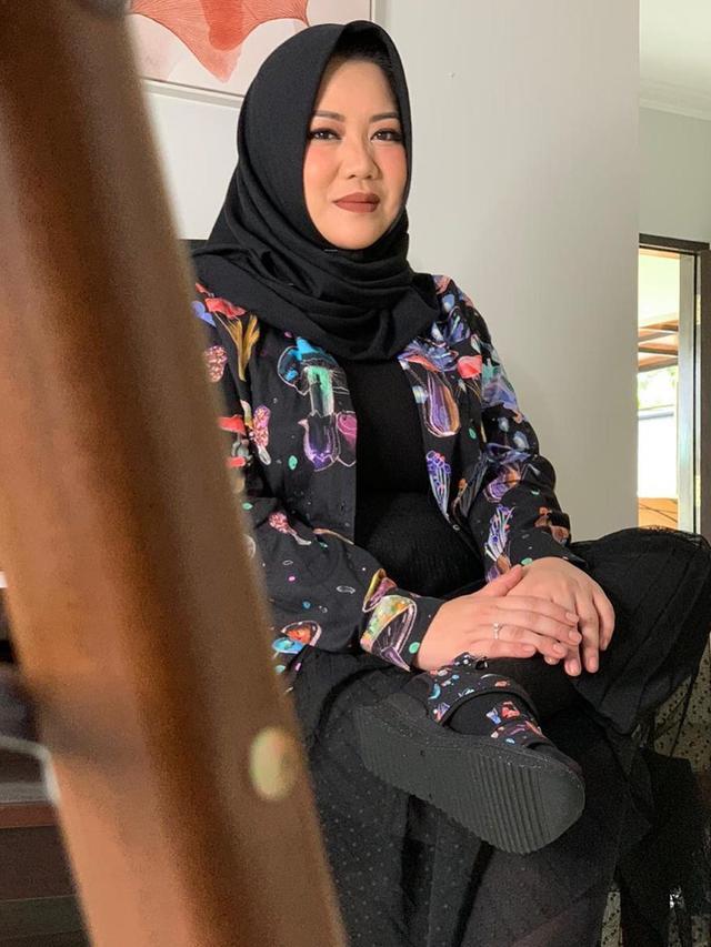 Risa Saraswati Bertemu Driver Ojol Yang Antarkan Hantu Cindy Showbiz Liputan6 Com