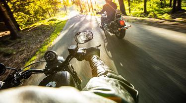 Jangan Nodai Touring Lo, Ini Cara Asik Riding Motor Tanpa Jejak Sampah Putung