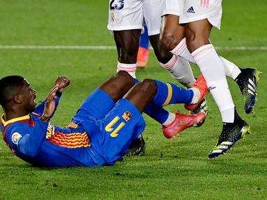 Ousmane Dembele - Penyerang Barcelona ini diperkirakan baru bisa merumput kembali pada bulan Oktober. Dembele mengalami cedera pada lututnya saat membela Perancis menghadapi Hungaria di ajang Euro 2020 lalu.
