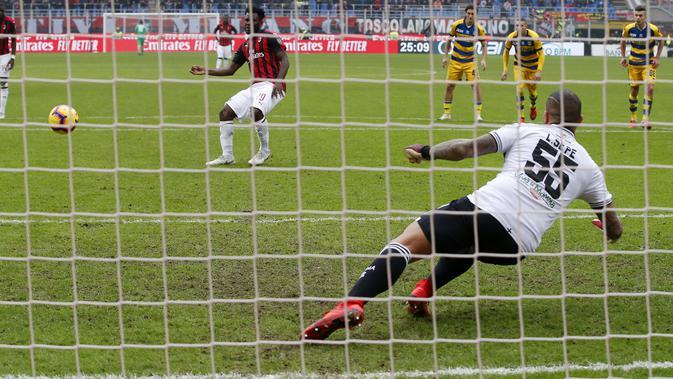 Gelandang AC Milan, Franck Kessie (AP Photo/Antonio Calanni)