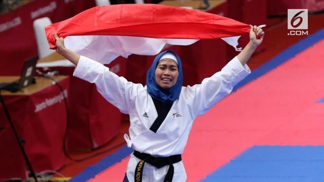 Perjuangan Defia Rosmaniar hingga mampu meraih medali emas taekwondo nomor poomsae tunggal putri Asian Games 2018 patut diapresiasi.