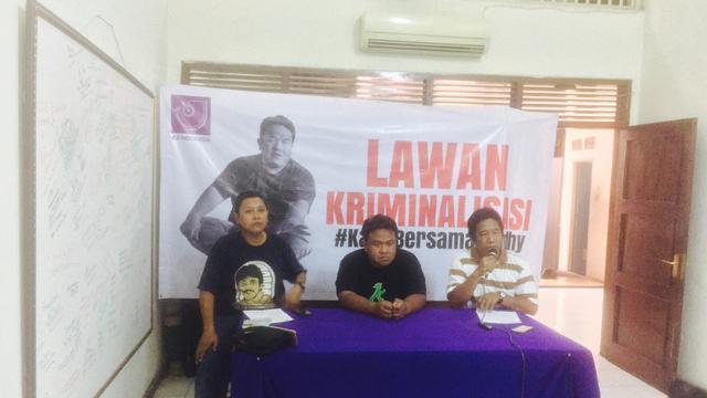 Jumpa pers AJI terkait laporan atas tulisan Dandhy Dwi Laksono. (Delvira Hutabarat/Liputan6.com)