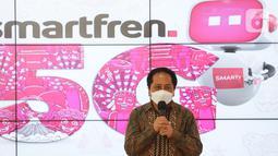 President Director smartfren Merza Fachys memberi sambutan pada Uji Coba 5G Tahap Dua di Jakarta, Kamis (17/6/2021). Kominfo dan Smartfren menguji teknologi 5G menggunakan mmWave 28 GHz pada berbagai model penggunaan konsumen seperti smartphone, CPE, laptop, hingga VR.(Liputan6.com/Pool/smartfren)