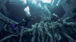 Seorang penyelam menyelam di Deep Dive Dubai, Dubai, Uni Emirat Arab, 10 Juli 2021. Deep Dive Dubai memiliki kolam renang terdalam di dunia lengkap dengan 'kota tenggelam' untuk dijelajahi oleh para penyelam. (GIUSEPPE CACACE/AFP)