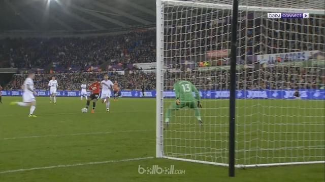 Berita video highlights Piala Liga 2017-2018 antara Swansea City melawan Manchester United dengan skor 0-2. This video presented by BallBall.