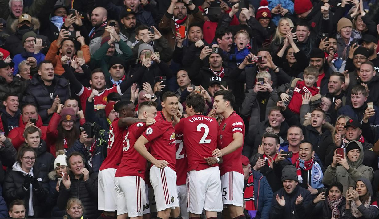 FOTO Manchester United Taklukkan Manchester City Di Old