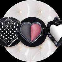 Anna Sui rilis koleksi eyeshadow terbaru untuk sempurnakan riasan di hari Valentine.