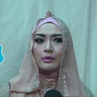 Eddies Adelia perlu berpikir panjang untuk bercerai dengan Ferry Setiawan.