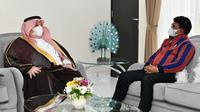 Pertemuan Menteri Komunikasi dan Informatika Johnny G. Plate dengan Duta Besar Kerajaan Arab Saudi Syekh Essam bin Abed Al-Thaqafi. (Foto: Kemkominfo)
