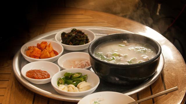 5 Makanan Korea Berkuah Yang Enak Disantap Saat Cuaca Dingin