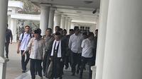Wapres Jusuf Kalla dan Wakil Presiden terpilih Ma'ruf Amin di Istana Wapres, Jumat (4/10/2019). (Liputan6.com/Putu Merta Surya Putra)