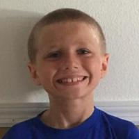 Anak laki-laki berusia 8 tahun, Christian McPhilamy, temukan caranya sendiri untuk bantu penderita kanker.