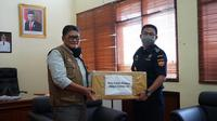 Bea Cukai Madura memberikan bantuan kepada Satuan Tugas (Satgas) Covid-19 Kabupaten Bangkalan di Kantor Pemerintah Kabupaten Bangkalan.