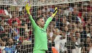 Kiper Liverpool Adrian bersiap menghadapi tendangan penalti Chelsea pada UEFA Super Cup di Istanbul, Turki, Kamis (15/8/2019) dini hari WIB. Liverpool menang adu penalti 5-4 (2-2). (AP Photo)