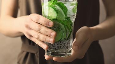 7 Kebaikan Infused Water Bagi Kesehatan yang Perlu Kamu Ketahui ...