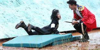 Di acara Takeshi's Castle Indonesia, Fero Walandouw Sang Kapten memiliki seorang wakil yang berparas cantik. Dia adalah Nabila Putri, berperan sebagai Wakaku atau Wakil KaptenKu.  (Bambang E. Ros/Bintang.com)