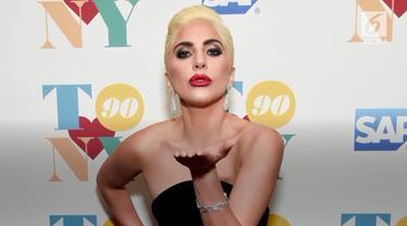 Lady Gaga akan pindah ke Las Vegas Desember ini, sekaligus memberikan pertunjukkan ganda untuk fans.