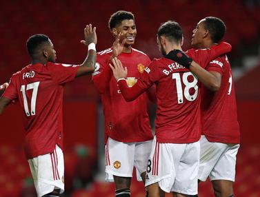 Foto Liga Inggris: Dua Brace Bawa Manchester United Gulung Leeds United 6-2