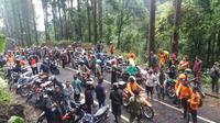 Tim SAR gabungan mencari orang hilang atas nama Eko Sumitro, warga Kotayasa, Sumbang, Banyumas. (Foto: Liputan6.com/TRC BPBD BMS/Muhamad Ridlo)