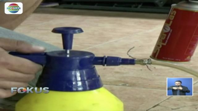Tukang las di Ponorogo, Jawa Timur ciptakan alat fogging atau pengasapan dari bahan bekas.