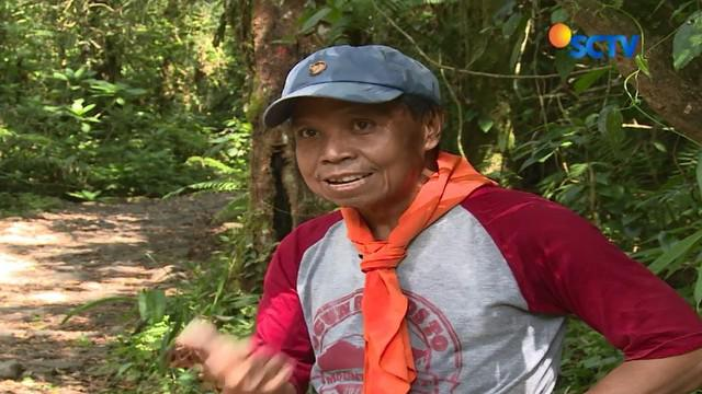 Ogun membentuk organisasi kecil bernama Ogun Roads to Everest. Tujuannya menaklukkan puncak tertinggi di dunia di ulang tahunnya ke-60.