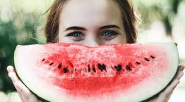 Ilustrasi masker semangka