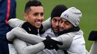 Neymar mengungkapkan kekecewaannya terhadap Paris Saint-Germain yang melepas Lucas Moura ke Tottenham Hotspur. (AFP)