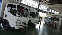 Isuzu meluncurkan truk ringan Elf NLR baru. (Rio/Liputan6.com)
