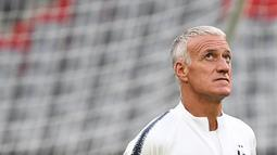 Pelatih Prancis, Didier Deschamps, melakukan sesi latihan jelang laga UEFA Nations League di Munich, Jerman, Rabu (5/9/2018). Prancis akan berhadapan dengan Jerman. (AFP/Franck Fife)