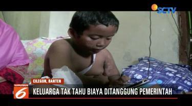 Bocah pasien korban tsunami di Cilegon, Banten, masih berutang ke rumah sakit. Sementara pihak rumah sakit berdalih, tanggungan biaya tersebut karena perawatan tidak sesuai aturan pemerintah.