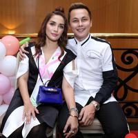 Ulang Tahun Anak Andhika Pratama dan Ussy Sulistiawaty (Adrian Putra/bintang.com)