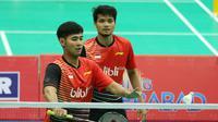 Ganda putra Angga Pratama/Ricky Karanda Suwardi diharapkan menyumbang poin untuk Tim Kualifikasi Piala Thomas saat menghadapi Thailand pada laga kedua Grup MC, Selasa (16/2/2016). (Liputan6.com/Humas PP PBSI)