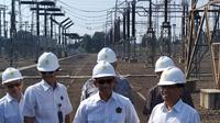 Wakil Menteri Energi dan Sumber Daya Mineral(ESDM) Archandra Tahar memastikan kesiapan infrastruktur kelistrikan jelang lebaran. Liputan6.com/Pebrianto Eko