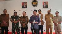 Menko PMK Muhadjir Effendy menjelaskan, evakuasi yang akan dilakukan terhadap 188 WNI di Kapal World Dream pada 26 Februari 2020 di Kantor Kemenko PMK, Jakarta, Senin (24/2/2020). (Dok Kementerian Koordinator Bidang Pembangunan Manusia dan Kebudayaan)