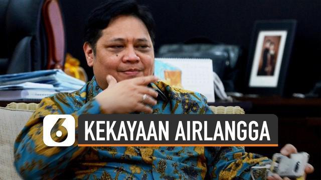 Ketum Partai Golkar Airlangga Hartarto gabung di Kabinet Indonesia Maju. Ia ditunjuk sebagai Menko Perekonomian.