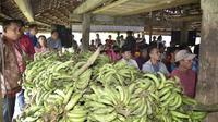 Komisi IV DPR RI mengapresiasi kinerja Menteri Pertanian yang telah berhasil ekspor pisang mencapai 18 ribu ton dan tidak ada impor