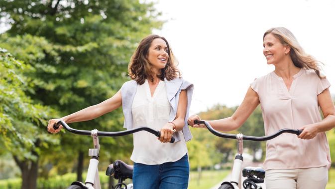 Manfaat Bersepeda Ilustrasi naik sepeda (iStockphoto)#source%3Dgooglier%2Ecom#https%3A%2F%2Fgooglier%2Ecom%2Fpage%2F%2F10000