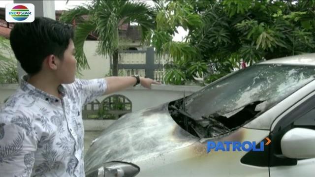 Teror pembakaran kendaraan kembali terjadi di wilayah Semarang, Jawa Tengah. Kali ini pembakaran menimpa tiga unit sepeda motor milik warga.