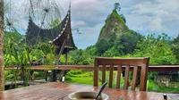 Suasana Taruko Cafe Bukittinggi yang sejuk dan tenang. (Liputan6.com/ Novia Harlina)