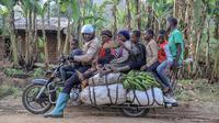 Motor raksasa yang jadi sumber kehidupan di Kamerun. (AFP)