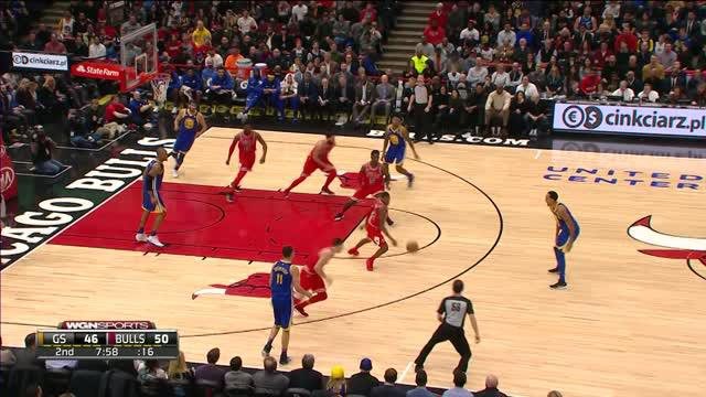 Berita video game recap NBA 2017-2018 antara Golden State Warriors melawan Chicago Bulls dengan skor 119-112.