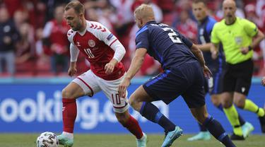 Foto Piala Eropa: Christian Eriksen Kolaps, Laga Denmark Kontra Finlandia Dihentikan dan Resmi Ditunda