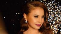 Glamor dan mewah, nggak heran kalau Rossa jadi idola. (Sumber foto: itsrossa910/instagram)