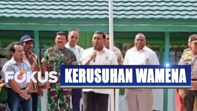 Dalam kesempatan ini Wiranto meminta para pendatang di Wamena agar tidak pulang ke kampung halaman.